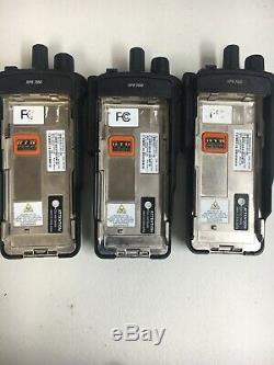 (1) Motorola MOTOTRBO XPR7550 VHF 136-174MHz Two Way Radio AAH56JDN9KA1AN 1000ch