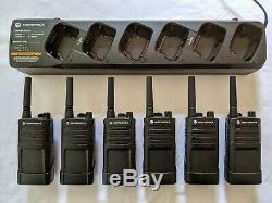 6 refurbished Motorola RMU2040 UHF Two-way Radios with 6 Bank Charging station