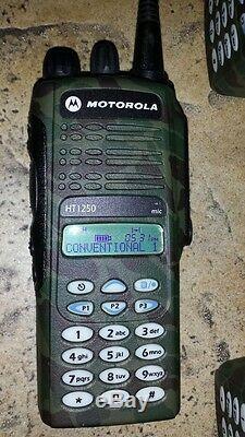 Lot 6 Motorola HT1250 UHF 450-512 TWO WAY RADIOS Mint, gang charger