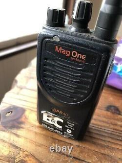 Lot Of 6 Radios Motorola Mag One BPR40 Two Way Radio UHF Business Radios