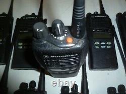 Lot of 37 Motorola HT1250 LS+ 450-512 MHz UHF Two Way Radio AAH25SDH9DP7AN