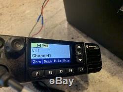 MOTOROLA MOTOTRBO XPR5550e VHF 136-174 MHz DIGITAL TWO-WAY MOBILE RADIO DMR 50W