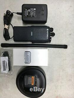 MOTOROLA PR860 LOW BAND 29-42MHz 16 CHANNEL TWO WAY RADIO AAH45BEC9AA3AN MT HT