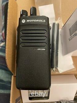 MOTOROLA XPR 3300 E 403-512Mhz 4W NKP CFS WIFI TWO WAY RADIO WALKIE TALKIE