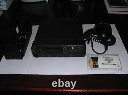MOTOROLA XPR 4300 40 Watt MOTOTRBO UHF DMR Mobile Radio, AAM27QNC9JA1AN