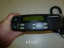 Motorola CDM1250 136-174 MHz VHF 45 Watt Two Way Radio w Mic AAM25KKD9AA2AN