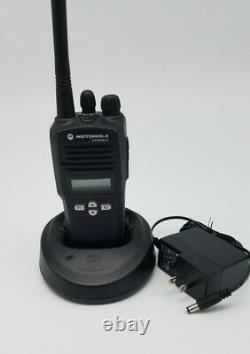 Motorola CP200XLS 438-470 MHz UHF Two Way Radio AAH50RDF9AA5AN with oem charger