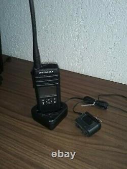 Motorola DTR700 50 Channel 900 MHz Two Way Radio
