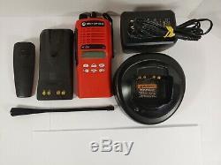 Motorola HT1250 UHF 450-512MHz Two Way Radio AAH25SDF9AA5AN RED