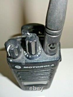 Motorola MOTOTRBO XPR3500e Model AAH02RDH9VA1AN Two Way Radio & FREE SHIPPING
