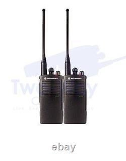 Motorola RDU4100 UHF Two-Way Radio Walkie Talkies with Speaker Mics 2-PACK
