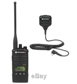 Motorola RDU4160D UHF Two Way Radio Walkie Talkie with Speaker Mic