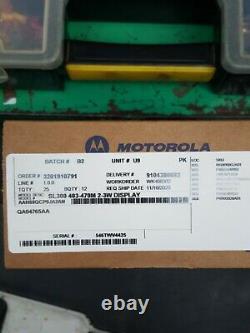 Motorola SL300 UHF 403-470MHz Two Way Radio 2-3W Display AAH88QCP9JA2AN