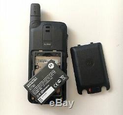 Motorola SL7550 UHF 403-470 Digital Two Way Radio AAH81QCN9NA2AN MotoTRBO GOOD