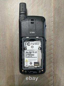 Motorola SL7550e UHF (403-470 MHz) Portable Two-Way Radio
