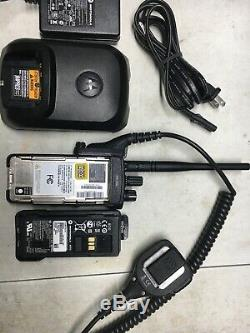 Motorola XPR7350e VHF MotoTRBO DMR Digital Portable Two Way Radio AAH56JDC9KA1AN