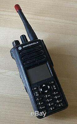 Motorola XPR7550 Portable Two Way Radio UHF AAH56RDN9KA1AN AS IS