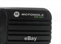 Motorola XPR 4550 (XPR4550) Two Way Radio AAM27TRH9LA1AN with Mic RMN5052A