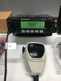 Motorola XTL2500 UHF R1 380-470mhz 40w P25 Digital mobile radio M21QSM9PW1AN Ham