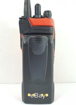 Motorola XTS2500 III 700 800 MHz P25 Digital Trunking Two Way Radio H46UCH9PW7BN