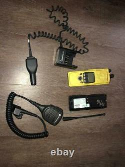 Motorola XTS 5000R H18UCF9PW6AN Rugged SmartZone Fire Radio with Battery Clip Mic