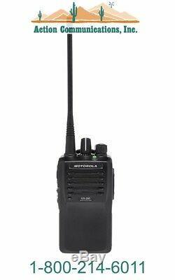 New Motorola Vx-261-g7-5, Uhf 450-512 Mhz, 5 Watt, 16 Channel Two Way Radio