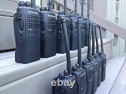(12) Motorola Ht750 Deux Sens Portable Radios Vhf 136-174mhz 16ch Aah25kdc9aa3an