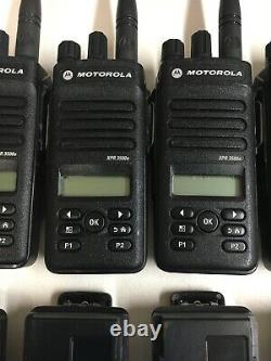 12 Qté Motorola Mototrbo Xpr3500e Uhf Aah02rdh9va1an Radios Bidirectionnelles Avec Chargeurs