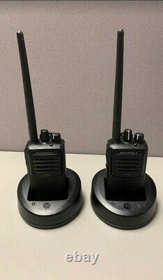2 Pack Motorola Vx-261-do Vhf Two Way Handheld Radio Walkie Talkies