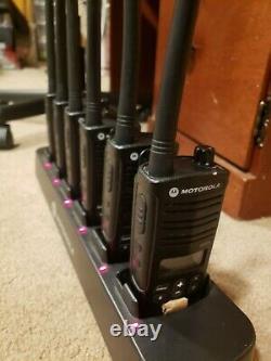 6x Ensemble De Motorola Rdm2070d Murs Licence Gratuite Vhf Deux Sens Radios W Gang Chargeur