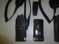 Deux Motorola Pr860 136-174 Mhz Vhf 16ch 5w Two Way Radio Aah45kdc9aa3an Yc480