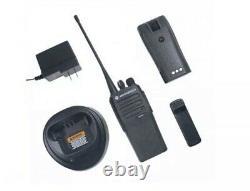 Lot De 2 Motorola Mototrbo Cp200d Professional Digital Deux-way Radios
