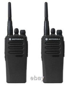 Lot De 2 Motorola Mototrbo Cp200d Radios Numériques Professionnelles À Deux Voies Vhf