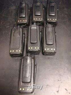 Lot De 7 Motorola Xpr 403 470 6 100 Uhf Mhz Radios Bidirectionnelles Aah55qdt9ja1an