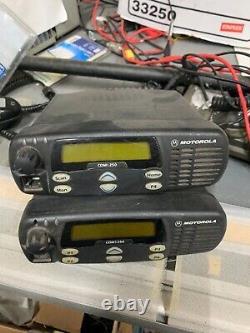Motorola Cdm1250 Vhf Radio Mobile Dans Les Deux Sens 136-174mhz 64ch 45w