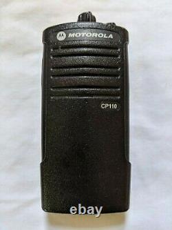 Motorola Cp110 Vhf Murs Radio Dans Les Deux Sens. Compatible Avec Walmart Rdm2070d