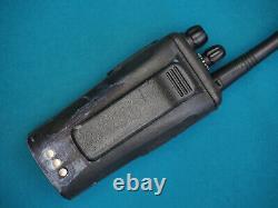 Motorola Cp200d Vhf 136-174mhz 5w Travaux Radio À Deux Voies Essais