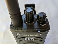 Motorola D'occasion Rmu2080d 2 Watt Uhf Business Two-way Radio