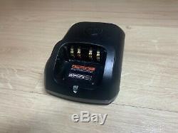 Motorola Dp3400 Uhf Radios Bidirectionnelles Withbatteries Et Chargeur
