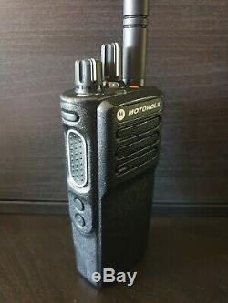 Motorola Dp4401e Uhf Dmr Numérique Radio À Deux Voies Mototrbo Sécurité Pmr 446