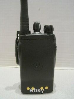 Motorola Ex560 Xls Vhf 136-174 Mhz 160 Ch 4w Radio À Deux Sens