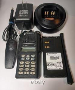 Motorola Ht1250 Uhf 403-470 Mhz Two Way Radio MDC Aah25rdh9aa6an Police Fire Ems