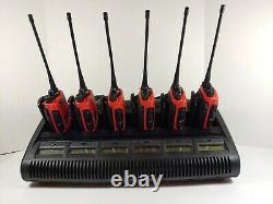 Motorola Ht1250 Uhf 450-512mhz Two Way Radio Aah25sdf9aa5an Red Avec La Banque Chargeur