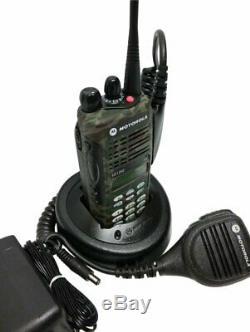 Motorola Ht1250 Uhf Tactique De Camouflage Radio À Deux Voies 403-470mhz Aah25rdh9aa6an
