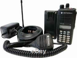 Motorola Ht1250 Vhf Radio À Deux Voies 136-174 Mhz 128 Canaux Mdc1200 Quik Appel II