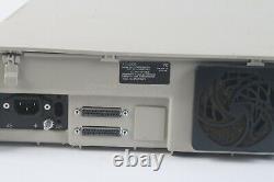 Motorola L20urs9pw1an Xtl5000 Astro Consolette Radio Dans Les Deux Sens