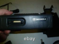 Motorola Mcs2000 110 Watt 146-174 Mhz Vhf Dual Head Two Way Radio M01klm9pw6an G