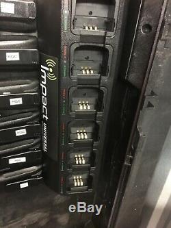 Motorola Mototrbo Cp200d 403-470 Mhz 4w Numérique Radio Bidirectionnelle Avec Chargeur Lot
