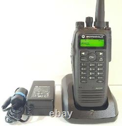 Motorola Mototrbo Xpr6550 Vhf 136-174 Mhz Dmr Radio Numérique Aah55jdh9la1an