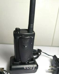 Motorola Rdm2070d Radio À Deux Voies- Belle Condition Walmart